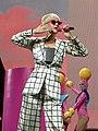 Katy Perry 3 (29134047068).jpg