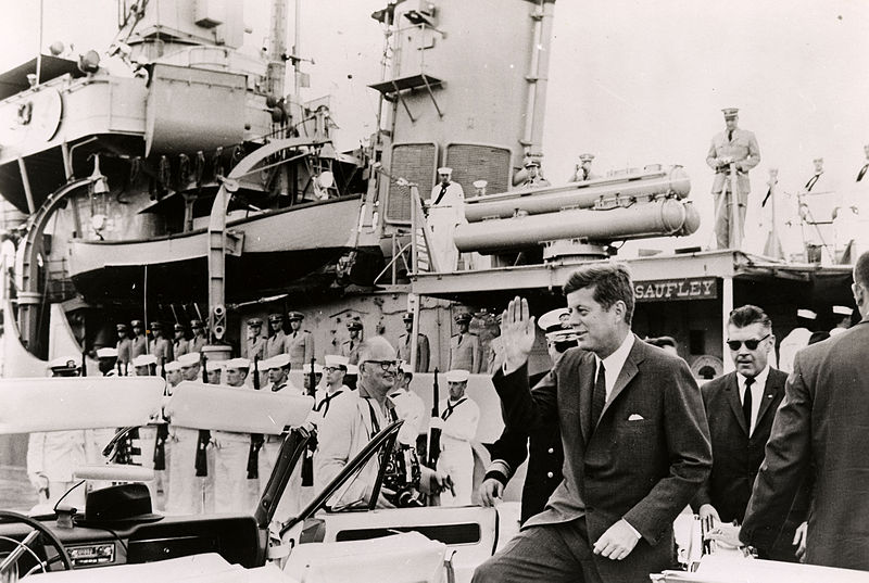 File:Kennedy J.F. President 1962 USS Sautley Key West.jpg