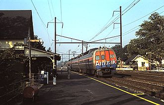Budd Metroliner - A Keystone Service train of Metroliners in 1985. Unlike in Metroliner Service, Metroliners on the Keystone Service were sometimes used in sets of odd numbers of cars.