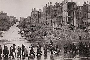 Battle of Kiev (1943) - Kiev Kreschatik after the battle
