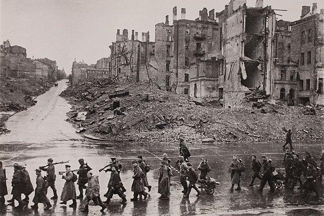 Kiev Kreschatik after liberation November 1943