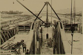 Kirkfield Lift Lock - Construction of the Kirkfield Lift Lock during the 1900s.