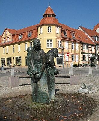 Kyritz - Image: Kyritz Brunnen Bassewitzsage