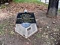 Lípa zasazená v den úmrtí Tomáše Masaryka.jpg