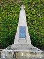 La Chapelle-Aubareil monument aux morts.JPG