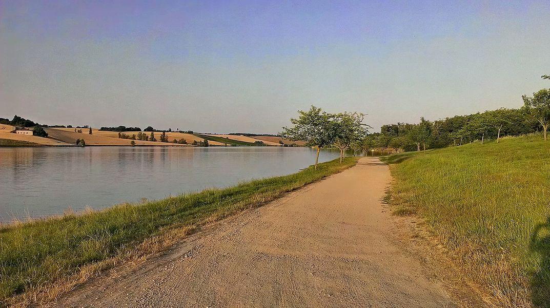 Lac du Laragou