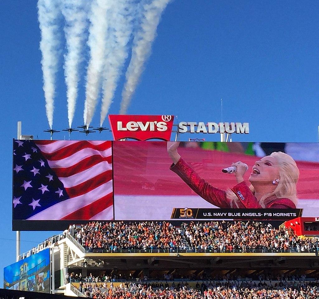 Lady Gaga Super Bowl 50.jpg
