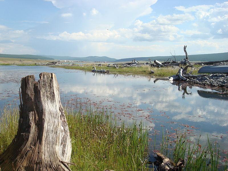 File:Lake Khövsgöl8.JPG