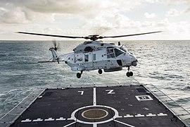 Landing NH90 Zrms Zeeland 02.jpg
