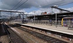 Leeds railway station MMB 37 144012 322482.jpg
