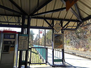 Leeland Road VRE Station; Fred-Bound View.JPG