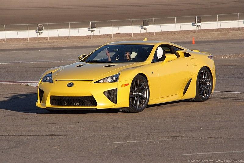 File:Lexus LFA Las Vegas Motor Speedway 2011 12 6-20-59.jpg