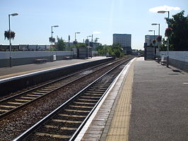 Leytonstone High Road stn eastbound.JPG