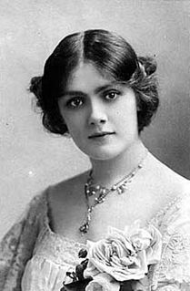 Lily Brayton 19th/20th-century English actor and singer