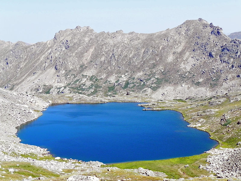 File:Lost Man Lake.JPG