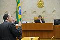 Luís Roberto Barroso no STF sobre aborto de anencéfalos.JPG