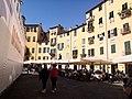 Lucca, Piazza dell'Anfiteatro (6).jpg