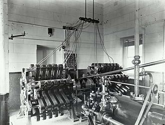 Macquarie Lighthouse - Image: Macquarie Lighthouse engine room