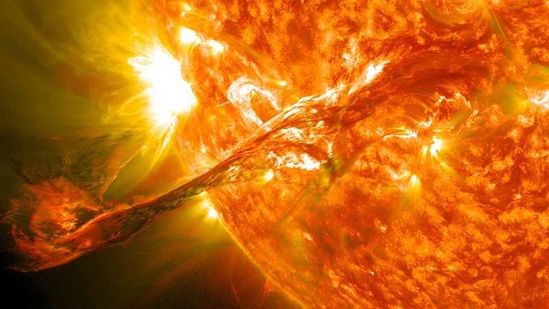 File:Magnificent CME Erupts on the Sun - August 31.jpg