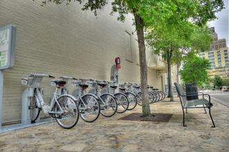 San Antonio B-Cycle - The Main Plaza B-cycle station