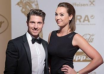 Marcel Hirscher Laura Moisl Gala Nacht des Sports Österreich 2015.jpg