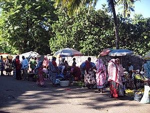 Economy of the Comoros - A market place in Moroni