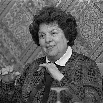1930 in Portugal - Maria de Lourdes Pintasilgo