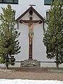 Marienberg Kruzifix Innenhof.jpg