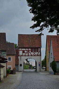Markt Einersheim, Würzburger Tor-001.jpg