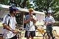 Mauricio Macri en una recorrida en bicicleta con los alcaldes del DF de México, Marcelo Ebrard y de Santiago de Chile, Pablo Zalaquett. (6487595681).jpg