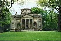 Mausoleum in Gibside Gardens - geograph.org.uk - 952112.jpg