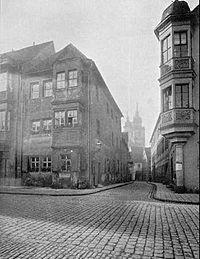"""Fotografía de la casa en la que nació Max Stirner en Bayreuth. Sacada del libro """"Max Stirner, Sein Leben und Sein Werk"""" (John Henry Mackay), de 1914."""