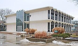 Minoru Yamasaki - Image: Mc Gregor Center Wayne State Univ A