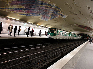 Cluny – La Sorbonne (Paris Métro) - Image: Metro de Paris Ligne 10 Cluny La Sorbonne 05