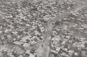 Kano - Kano in December 1930. Air photo taken by Swiss pilot and photographer Walter Mittelholzer.