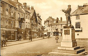 Statue of Charles Rolls, Monmouth - Image: Monmouth Agincourt Square 1910