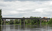 Moulins-allier-eisenbahnbruecke(cropped).JPG
