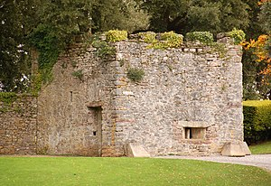 Mount Edgcumbe Country Park - The Henrican blockhouse at Mount Edgcumbe  which is believed to date from circa 1545.