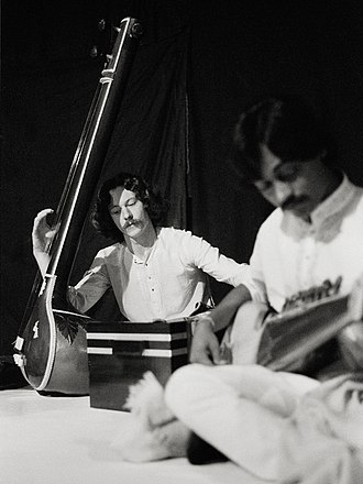 Tanbur - North Indian Tanpura (left) used as a drone to accompany a sarod recital.