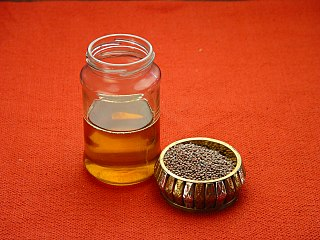 Mustard oil oil derived from plants