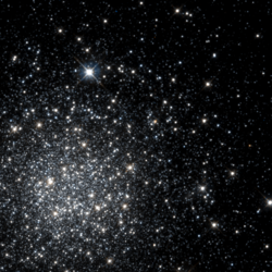 NGC 1466 -HST05897 01-R814GB555.png