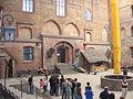 Na dziedzińcu zamku w Gniewie krzymill.JPG