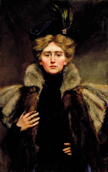 File:Natalie Barney in Fur Cape.jpg