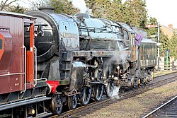 No.70013 Oliver Cromwell Britannia Class 7MT (6779082595).jpg