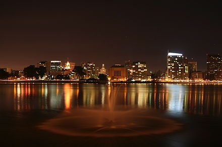 A night view of the Downtown skyline and Lakeside Apartments District as seen from the East 18th Street Pier Oaklandatnight02192006.JPG