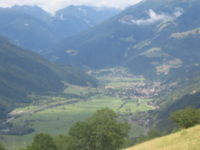Obervellach seen from Zwenberg.jpg