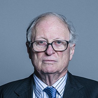 Richard Luce, Baron Luce - Image: Official portrait of Lord Luce crop 3