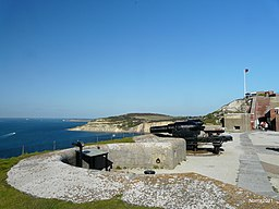 Old Artillery Pieces at the Needles Battery. - panoramio