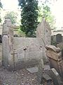 Old Jewish Cemetery, Prague 042.jpg