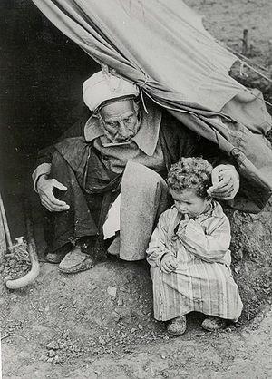 Nakba 1948 oldman and baby tent